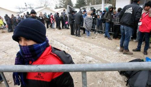 Izbeglice se plaše deportacije i gripa 12
