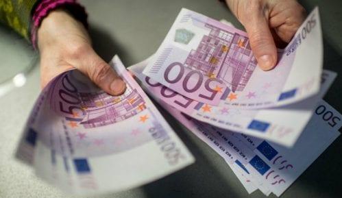 Građani Srbije duguju najmanje u regionu: svaki čovek po 1.000 evra 14