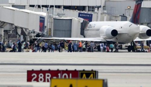 Pucnjava na aerodromu na Floridi 12