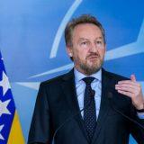 Izetbegović: Nikolić prima zločince, kao da neće u Sarajevo 4
