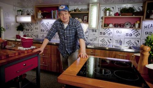 Džejmi Oliver zatvara restorane zbog Bregzita 13
