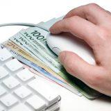 Na društvenim mrežama nudio povoljne kredite predstavljajući se kao direktor banke 8
