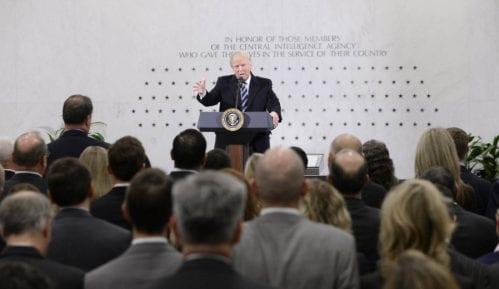 Tramp u sedištu CIA: Uz vas sam 1.000 posto 9