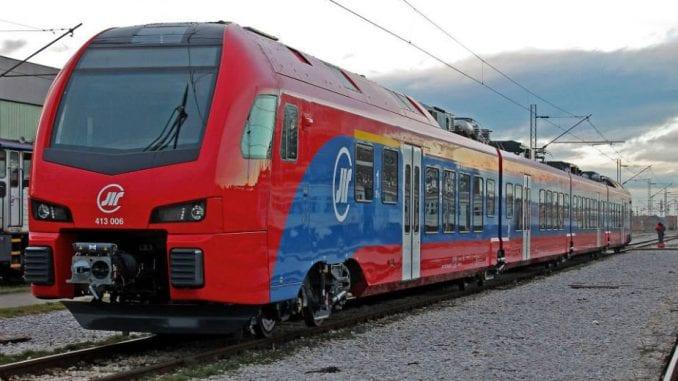 Voz i z Soluna za Beograd će kasniti 10 sati 1