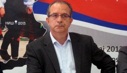 Bivši gradonačelnik Niša operisao bez licence 9