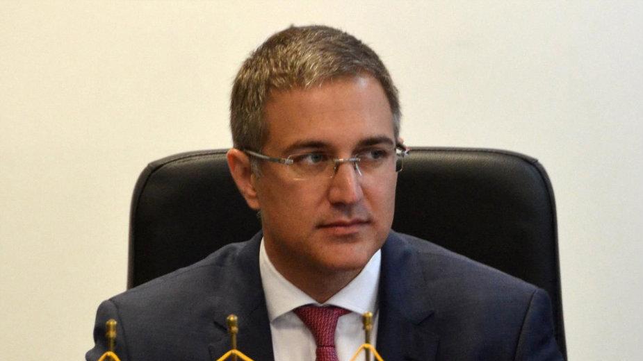 Stefanović: Država odlučuje gde će policija 1