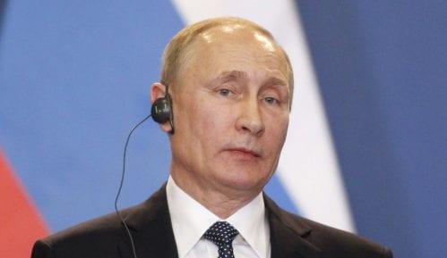 Putin: Uspeli smo da sprečimo veće posledice pandemije 7