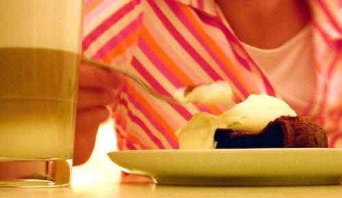 Nutricionisti: Kako izbeći stres dok jedete 2