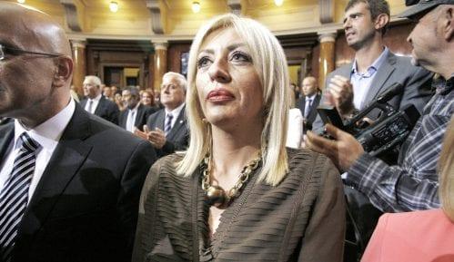 Davenport: EU do 2013. izdvojila 100 miliona za Srbiju 7