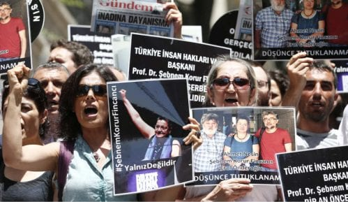 Utisci nakon posete delegacije PEN-a Turskoj 8