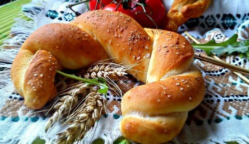 Recept nedelje: Pletene kifle sa ruzmarinom 4