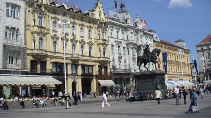Marš crnokošuljaša u Zagrebu 1