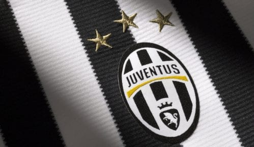 Juventus kontaktirao Sarija 3