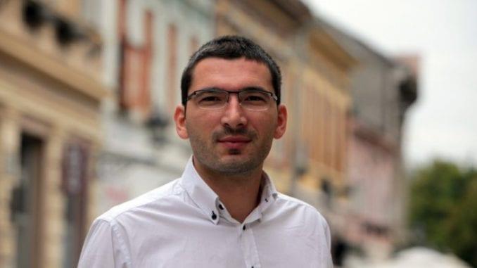 Parović: Nadležni da saopšte ko naređuje zastrašivanje dece političkih protivnika 8