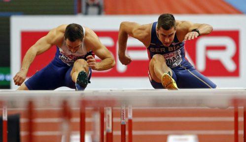 Amerikanac Holovej oborio svetski rekord na 60 metara s preponama 6