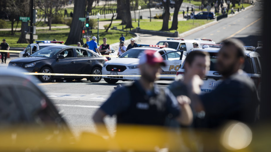 Obaveštajni izveštaj: Nasilni ekstremisti predstavljaju povišenu pretnju za SAD 1