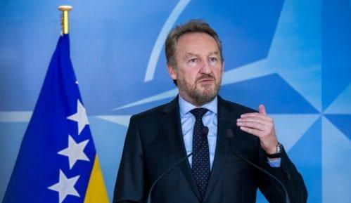 Izetbegović: Genocid je počeo u Krajini, a kulminirao u Srebrenici 8