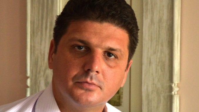 Jugović: Đilasovo bogatstvo se brani uništavanjem simbola Srbije 4