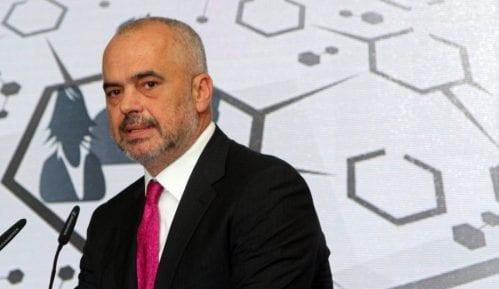 Tramp zahvalan Albaniji na suprotstavljanju Iranu, pisao i Rami 4
