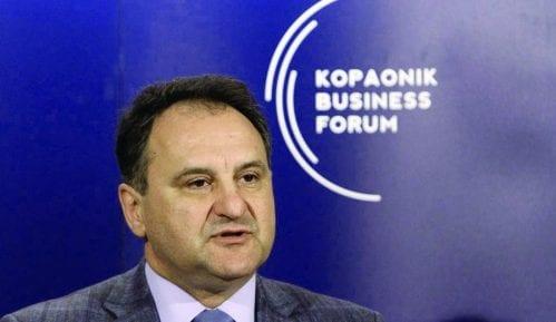 Vlahović: Bez politike na Biznis forumu 11