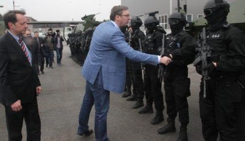 Vučić: Moramo da čuvamo mir na Kosovu 12