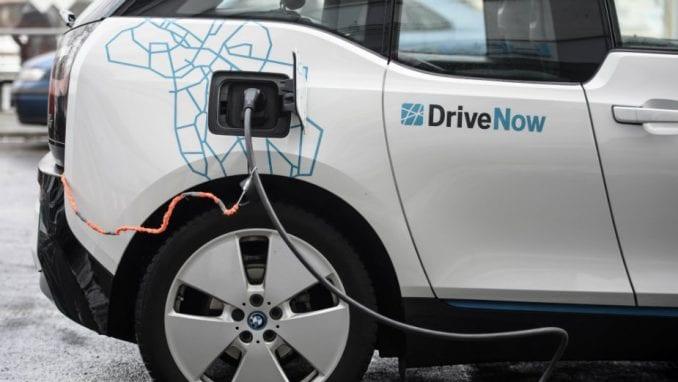 Na srpskim putevima samo 114 električnih automobila 2