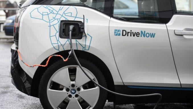 Na srpskim putevima samo 114 električnih automobila 1