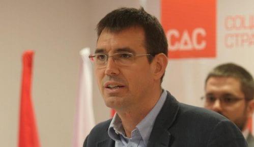 Đurišić: Hibrid diktature i demokratije 8