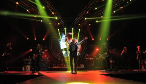 Aki Rahimovski, pevač Parnog valjka imao moždani udar 9