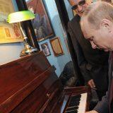 Rusi predlažu Putina Evroviziju 10