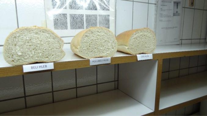 Povratak crnog hleba na velika vrata 1