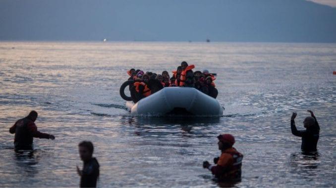 Spašeno 125 izbeglica u tri čamca 1