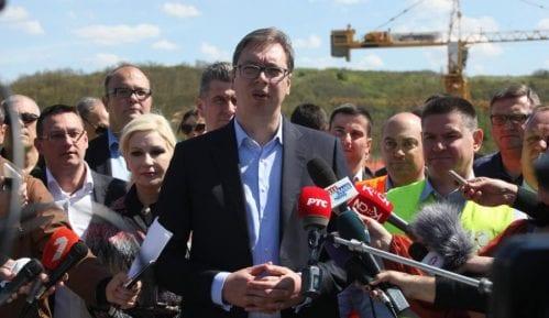 """Vučić: Izjave o """"velikoj Albaniji"""" posledica koordinirane akcije 12"""