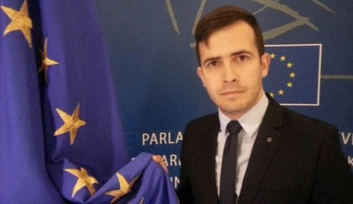Brisel i dalje privržen Balkanu 8