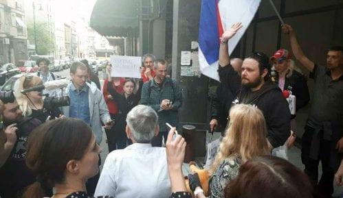 30. dan: Protest završen ispred Danasa, u znak podrške (VIDEO) 4