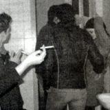 Mešanje u toaletu 12