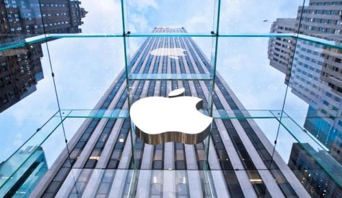 Apple menja mape zbog Krima 6