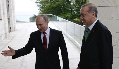 Putin: Sve može osim paradajza 10