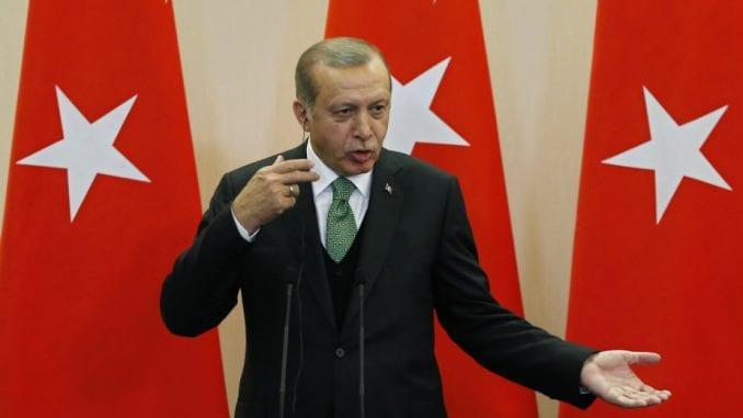 Erdogan: Oni ima svoje dolare, mi imamo svoj narod i svog Boga 1