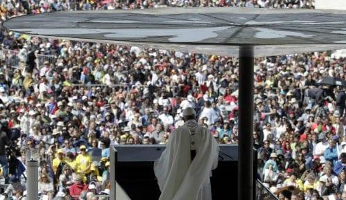 Stotine hiljada ljudi dočekalo papu u Portugaliji 6
