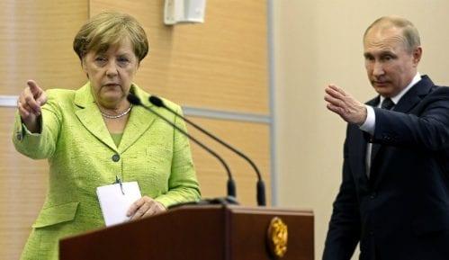 Putin: Ne mešamo se u unutrašnje stvari drugih 9
