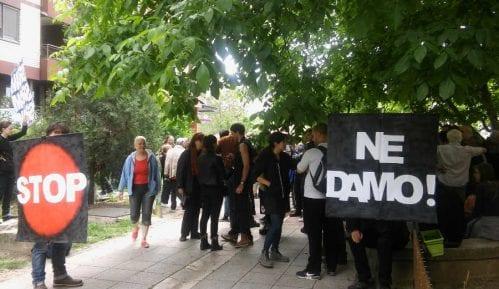 Protest protiv iseljenja porodice Havatmi 1