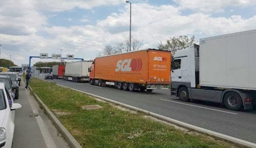 Višečasovna zadržavanja kamiona na graničnim prelazima 13