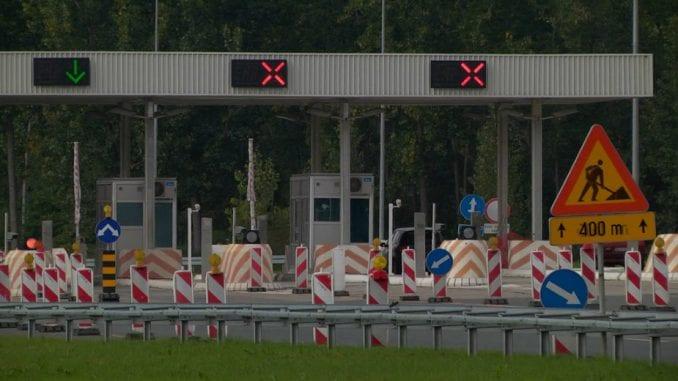 Putevi Srbije: Nema čekanja na naplatnim stanicama, kamioni na granici čekaju do tri sata 4