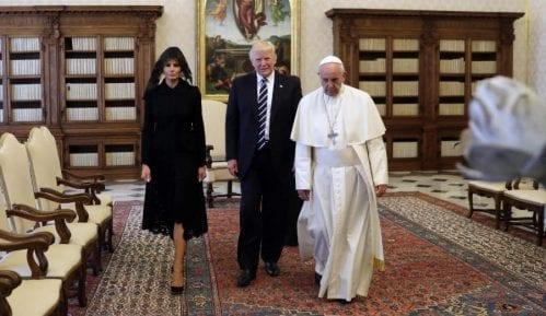 TRAMP: Fantastičan sastanak sa papom 5