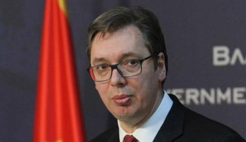 Vučić podneo ostavku na mesto premijera 5
