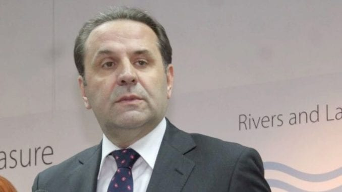 Da li je privatni trgovac čije ime Ljajić ne sme da saopšti - Slobodan Tešić? 1