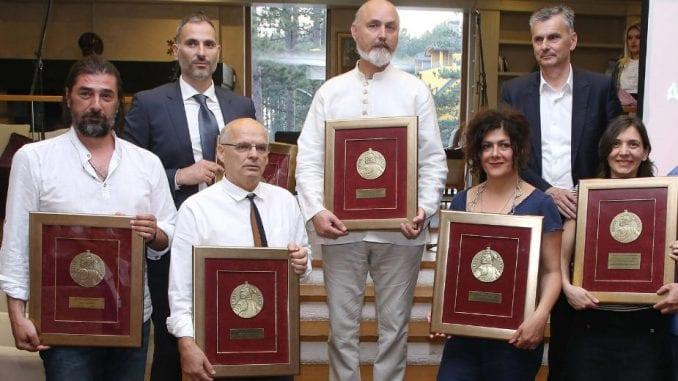 Dodeljene nagrade Vidovdanski vitez 1