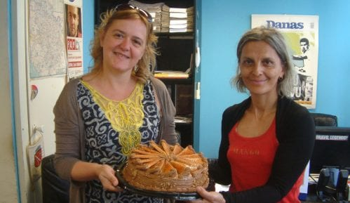 Iz Ambasade Slovačke Danasu torta na poklon 14