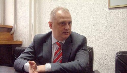 Vesić: Za asfaltiranje ulice Baje Pivljanina 60 miliona dinara 6